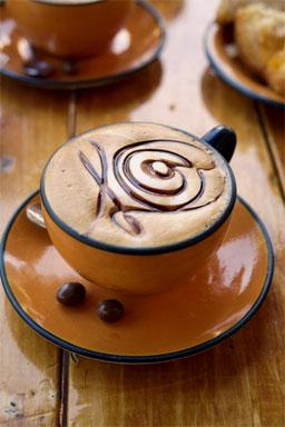Hajhullás és kávézás között lehet összefüggés?